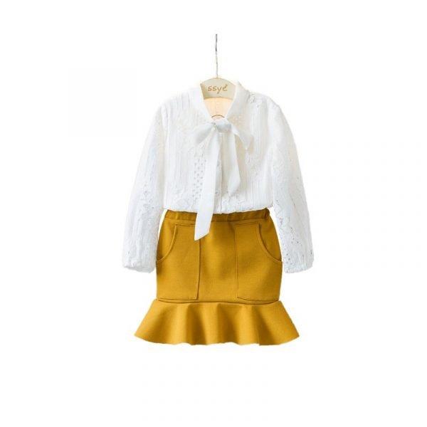 סט חולצה וחצאית לילדה קלאסית בלבן