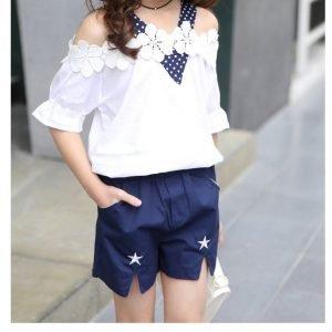מכנסיים וחולצה פרחים כחול לבן לילדות